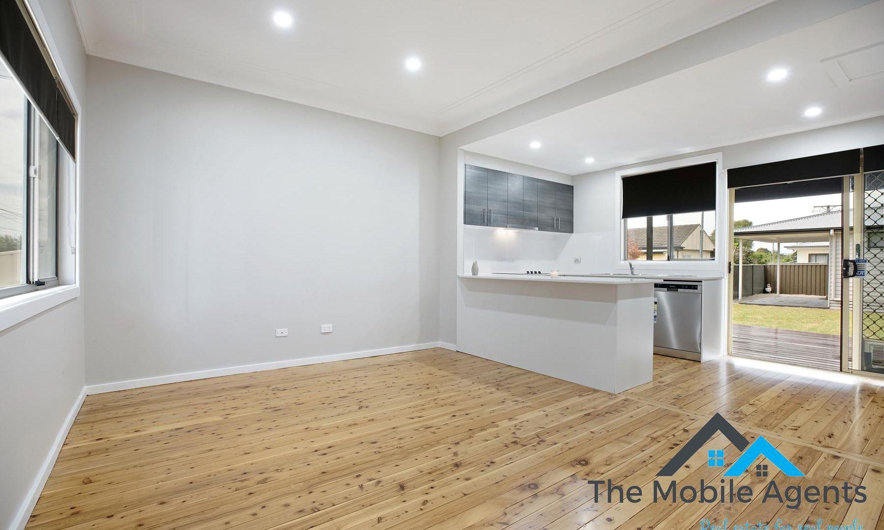 12 Leonard Street, Colyton NSW 2760, Image 1