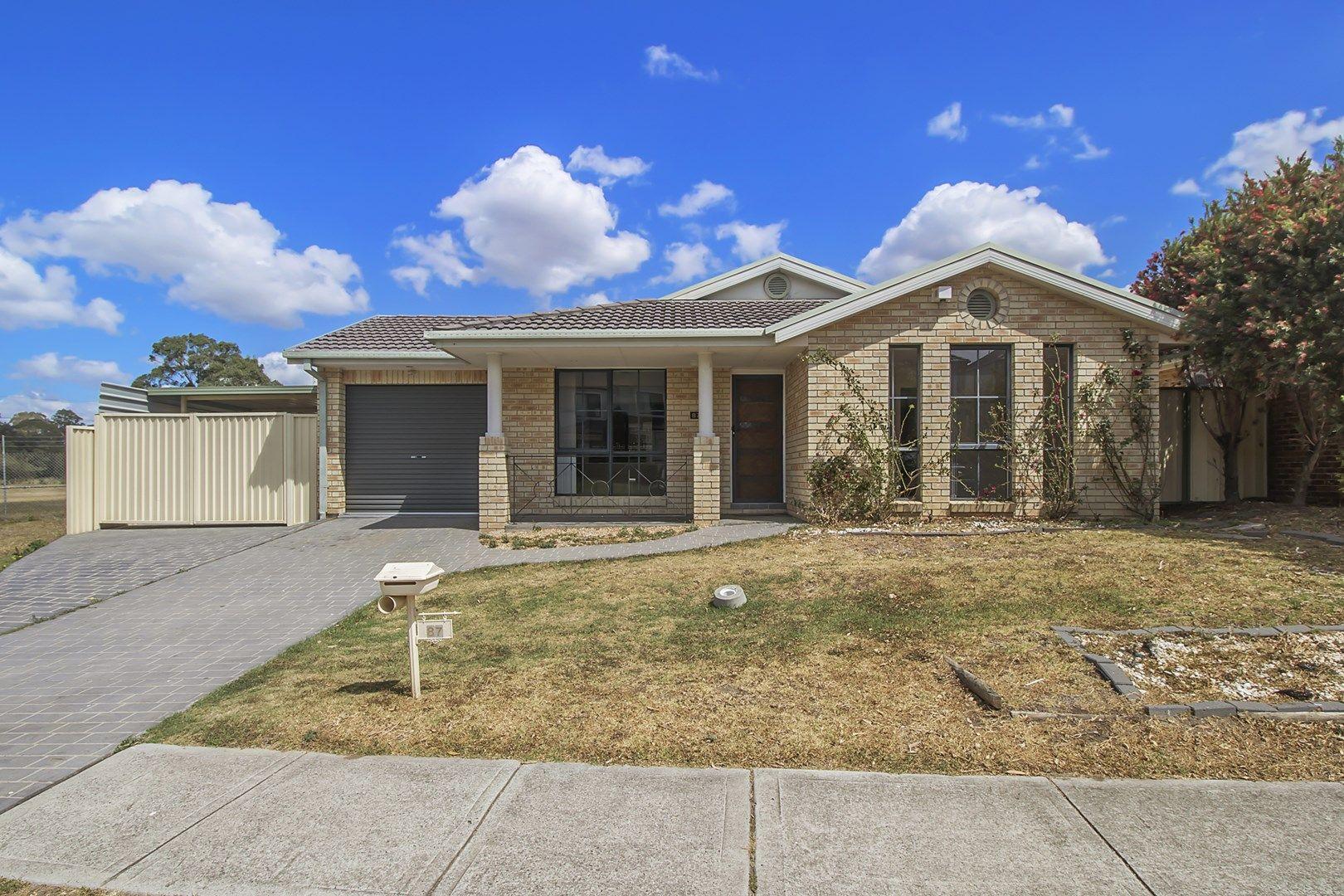 87 Taubman Drive, Horningsea Park NSW 2171, Image 0