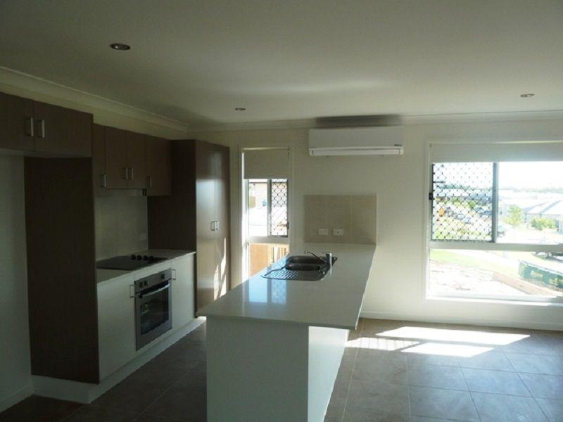 15 Steel Street, Nikenbah QLD 4655, Image 1