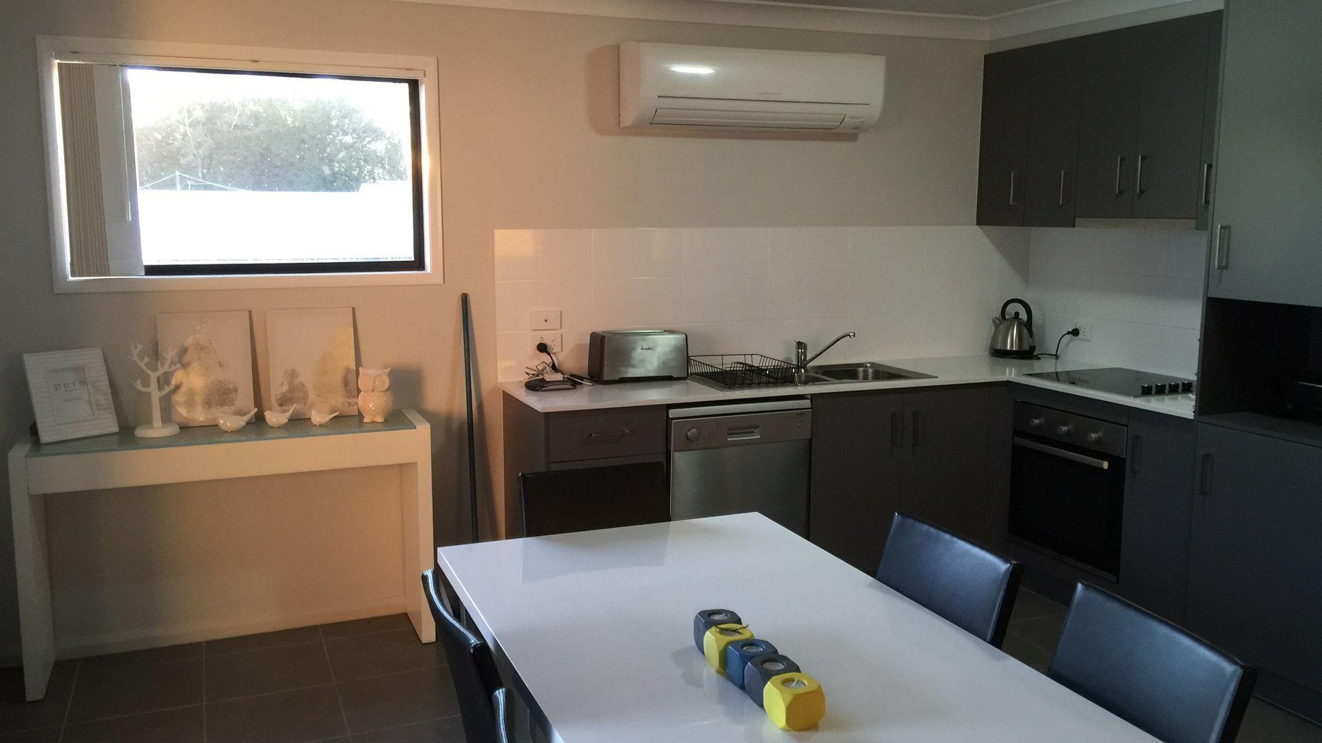 4/86 Anzac Avenue, Newtown QLD 4350, Image 1