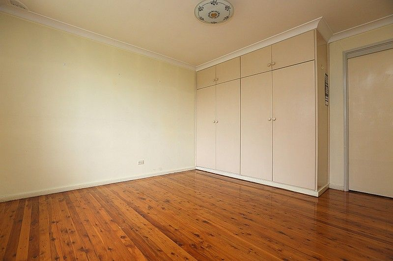 74 Marden Street, Georges Hall NSW 2198, Image 2