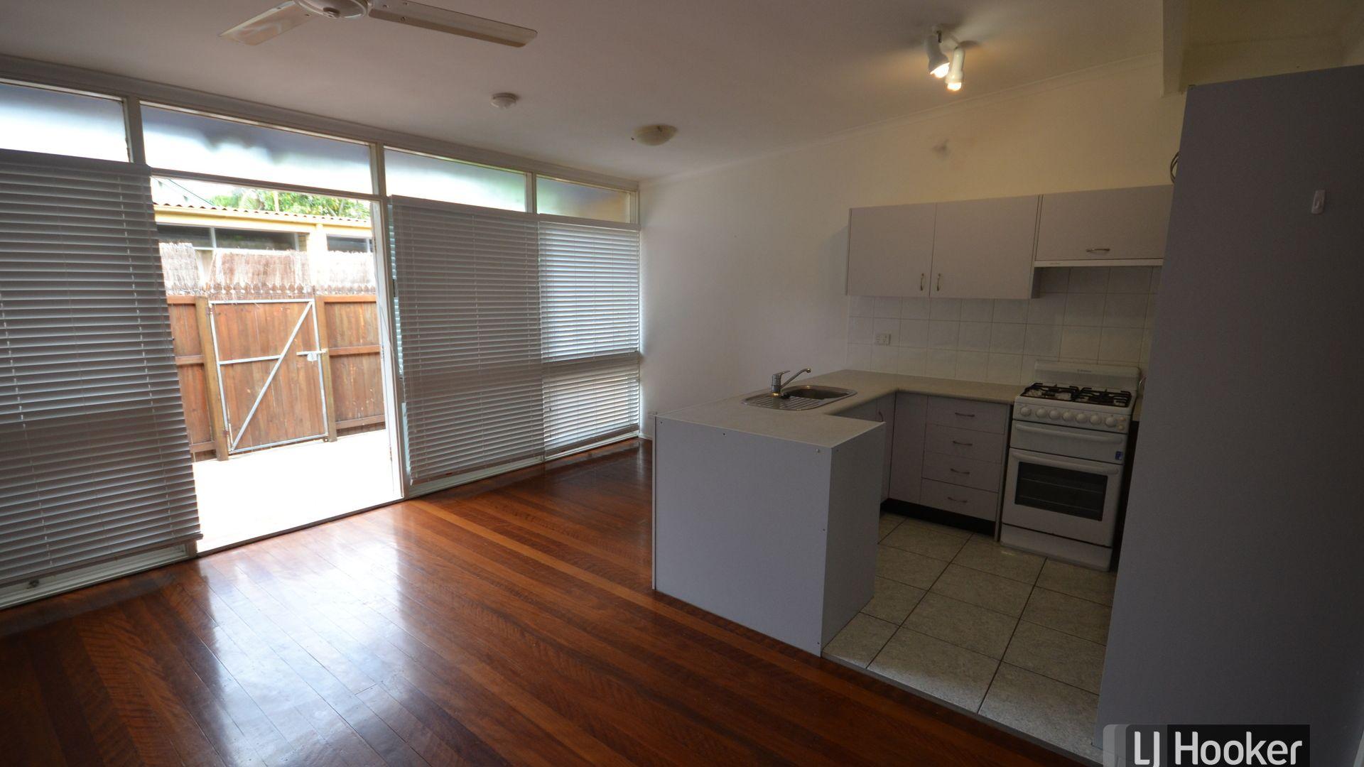 2/29 Blackall Terrace, East Brisbane QLD 4169, Image 2