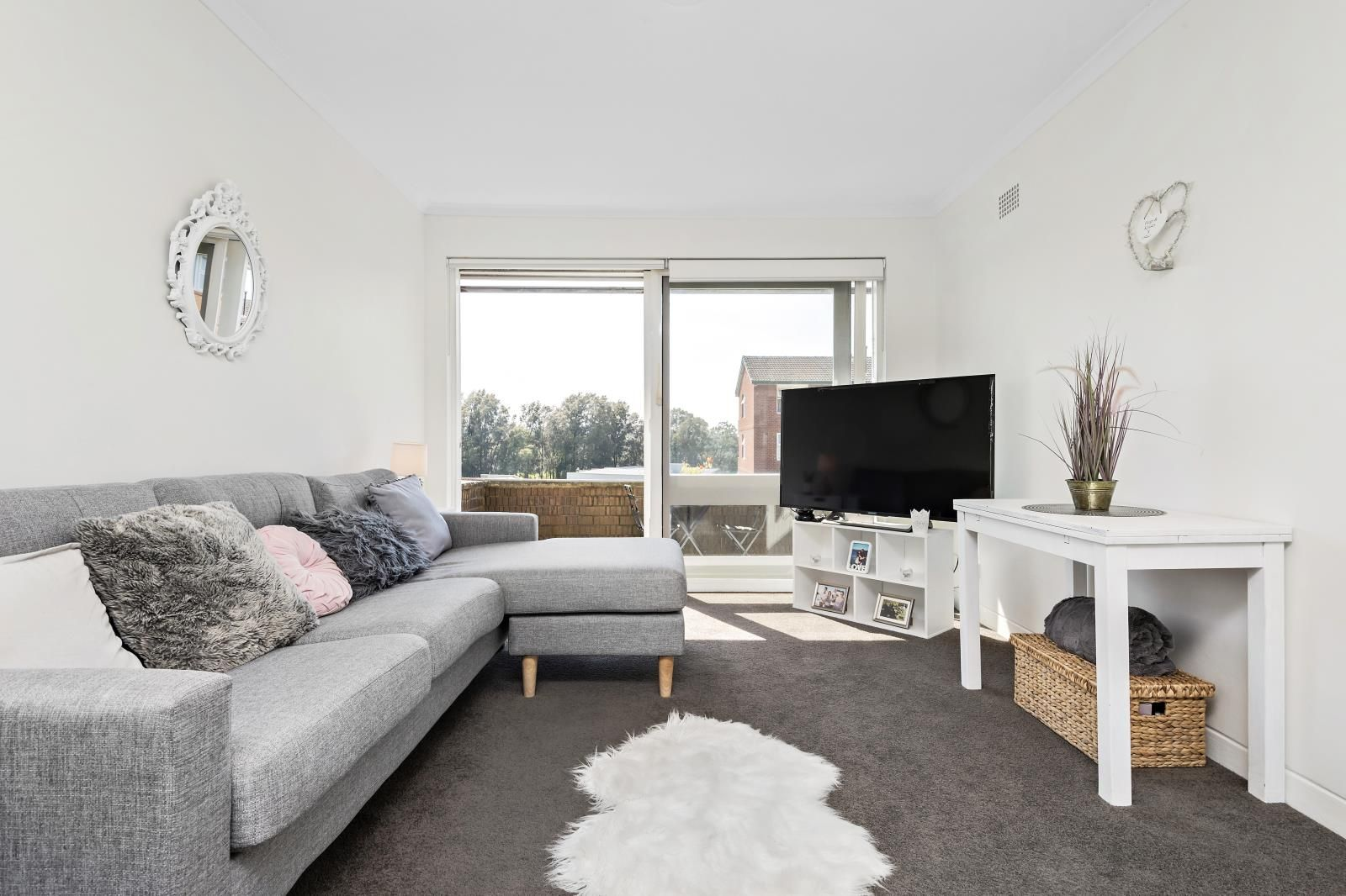 22/16 CAMPBELL PARADE, Manly Vale NSW 2093, Image 2