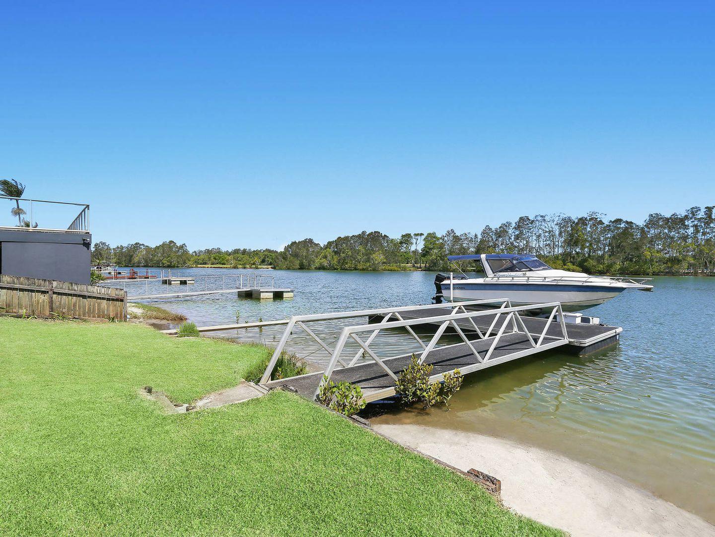 4 Commodore Court, Banora Point NSW 2486, Image 2