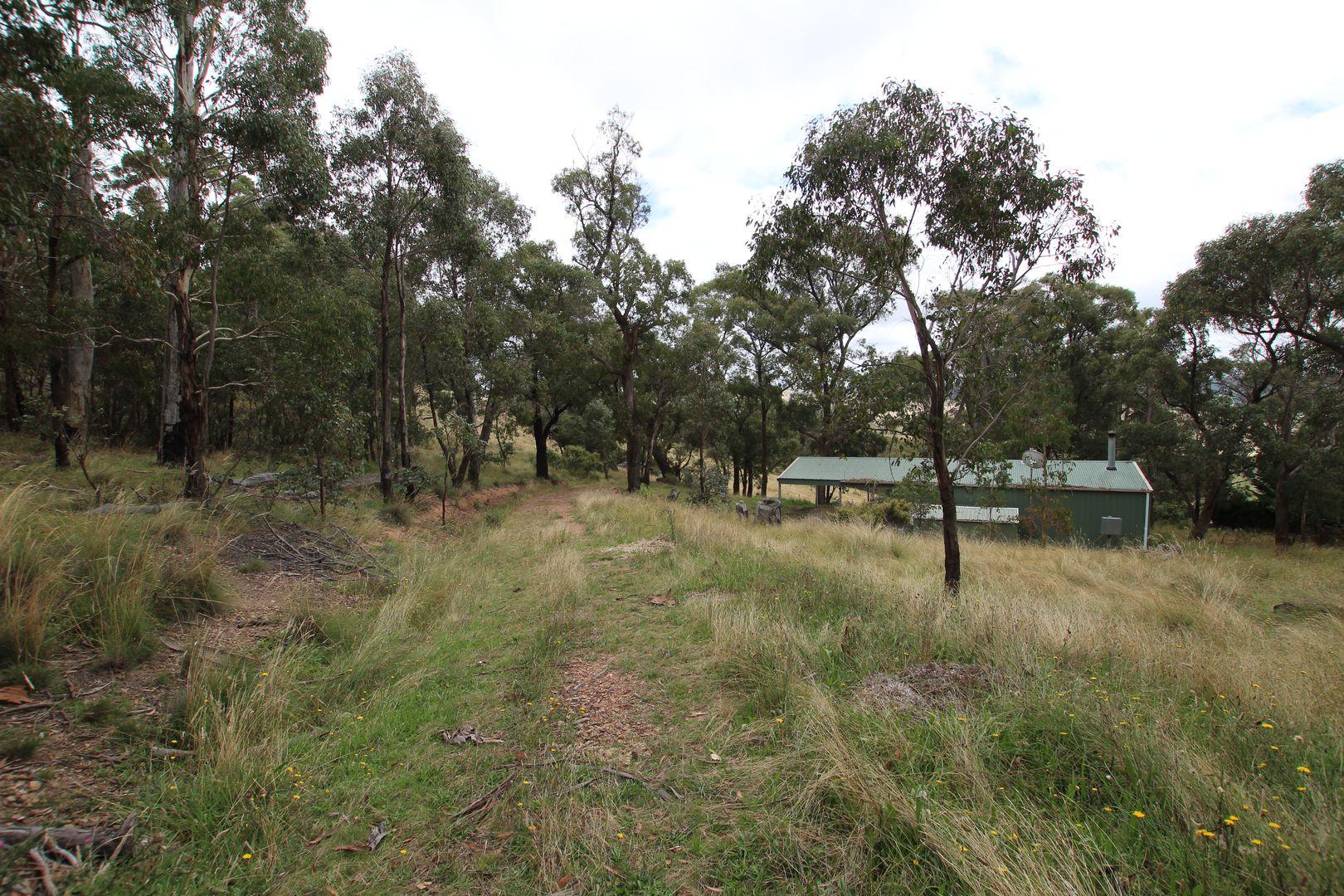 83 Marks Crescent, Oberon NSW 2787, Image 2