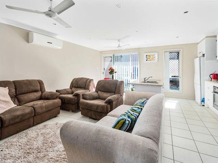 2/4 Lamington Drive, Redbank Plains QLD 4301, Image 1