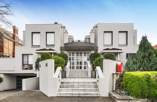 Picture of 1/65-67 Cotham Road, Kew VIC 3101