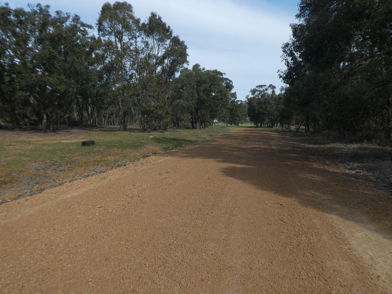 8 Crouch Court, Mount Barker WA 6324, Image 2