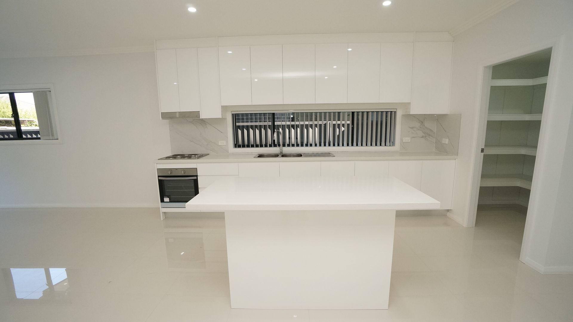 27 Kihilla Street, Fairfield Heights NSW 2165, Image 1
