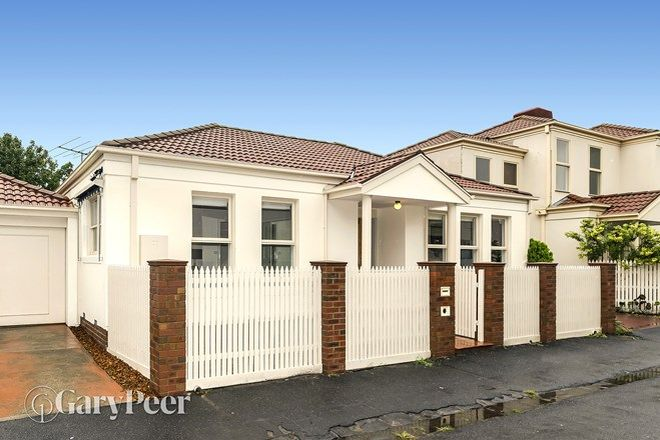 Picture of 3/1 Lillimur Road, ORMOND VIC 3204