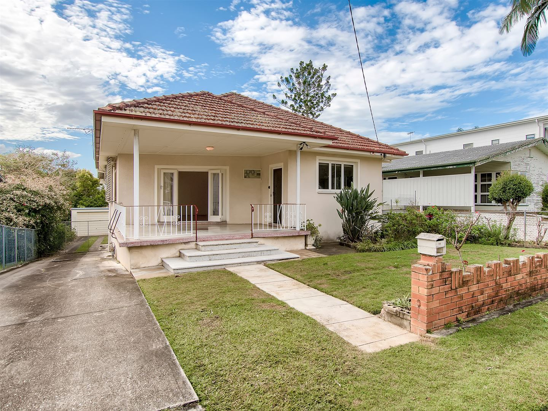 19 Gatwick Street, Stafford Heights QLD 4053, Image 0