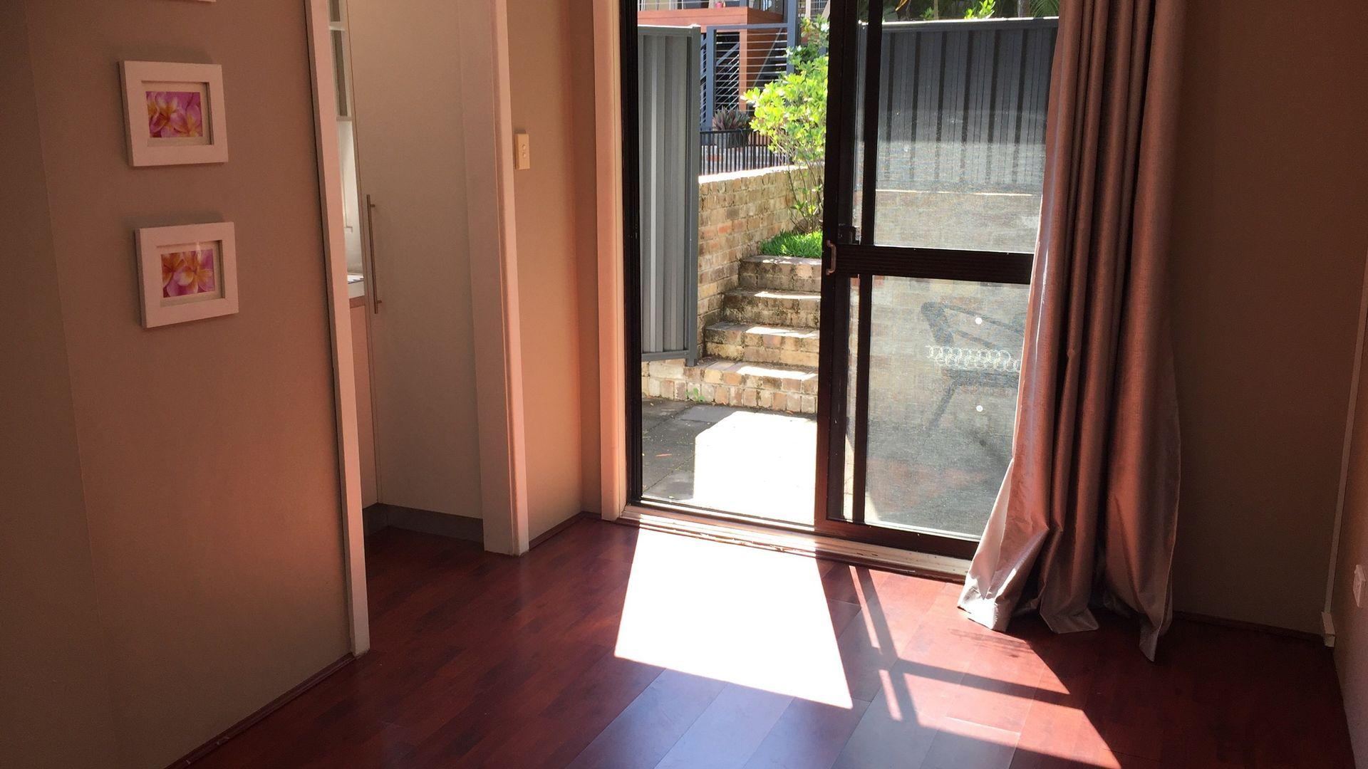 3A Banksia Avenue, Engadine NSW 2233, Image 2