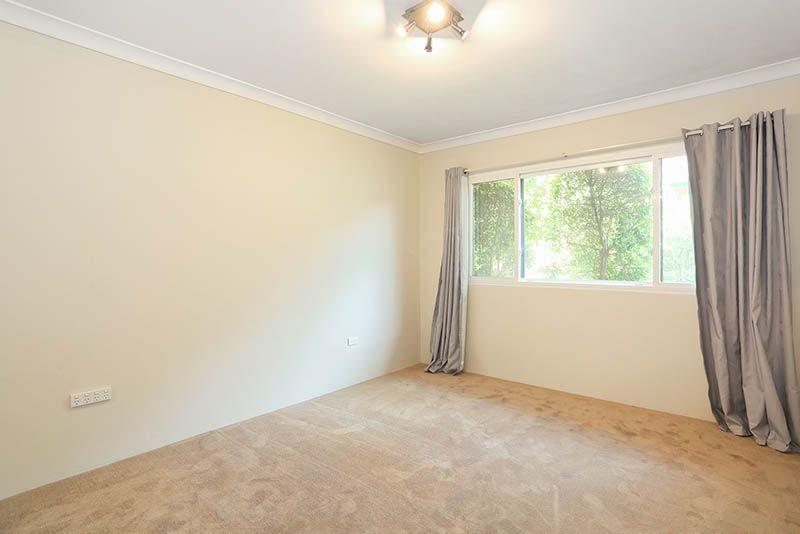 5/11 Busaco Road, Marsfield NSW 2122, Image 2