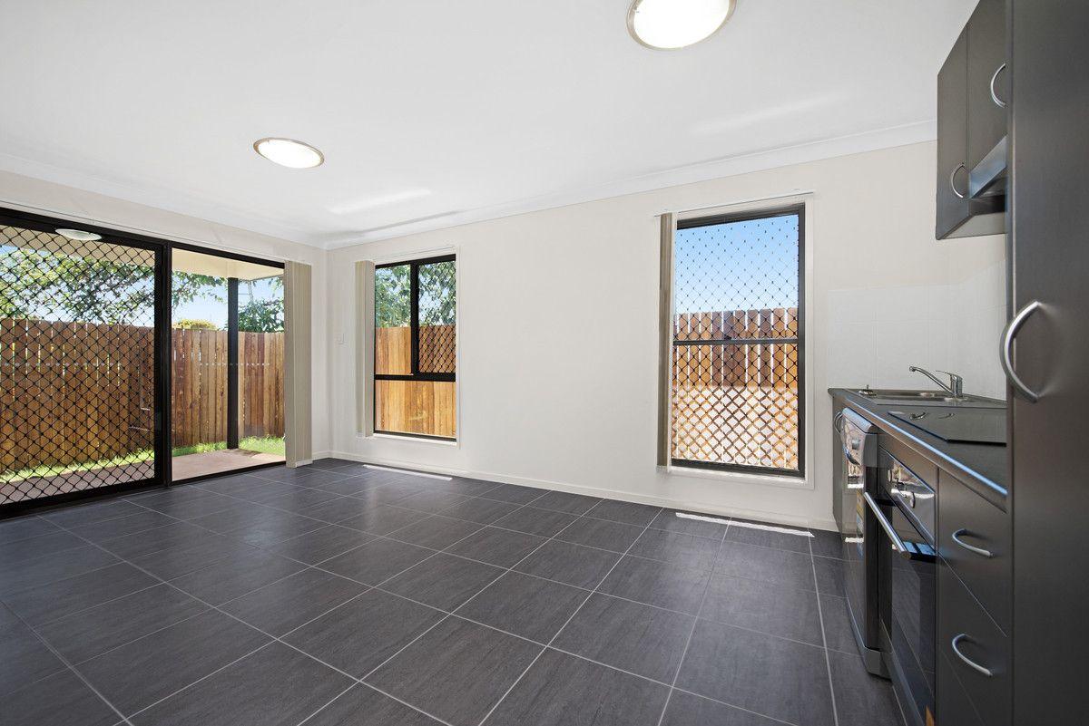 1/324a West Street, Kearneys Spring QLD 4350, Image 2