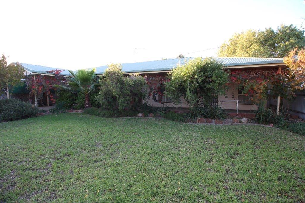 23 Galore Street, Lockhart NSW 2656, Image 0