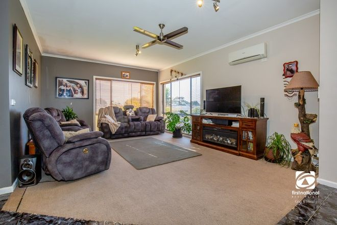 Picture of 3 Millicent Court, EAGLE POINT VIC 3878