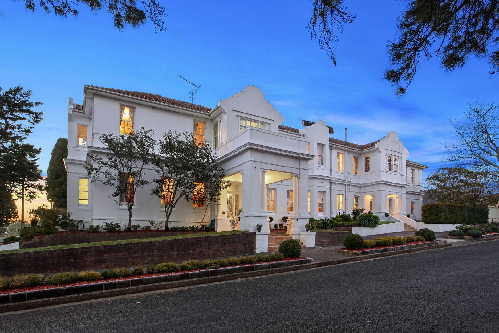19 Abbotsford Road, Katoomba NSW 2780, Image 0