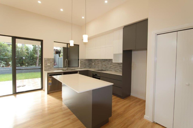22 Lindsay Avenue, Ermington NSW 2115, Image 2
