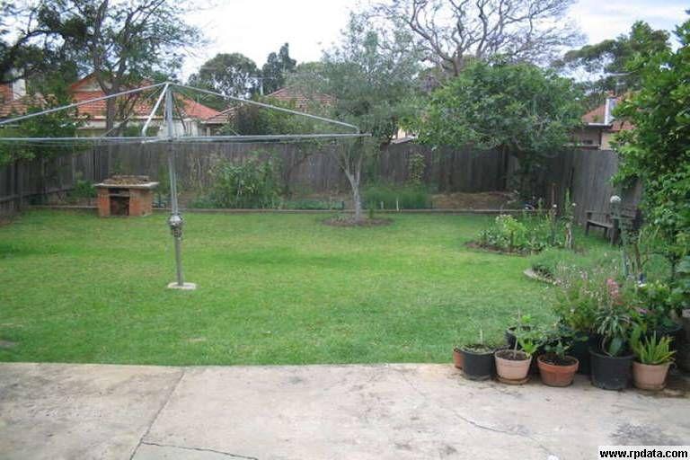8 Dalcassia Street, Hurstville NSW 2220, Image 2