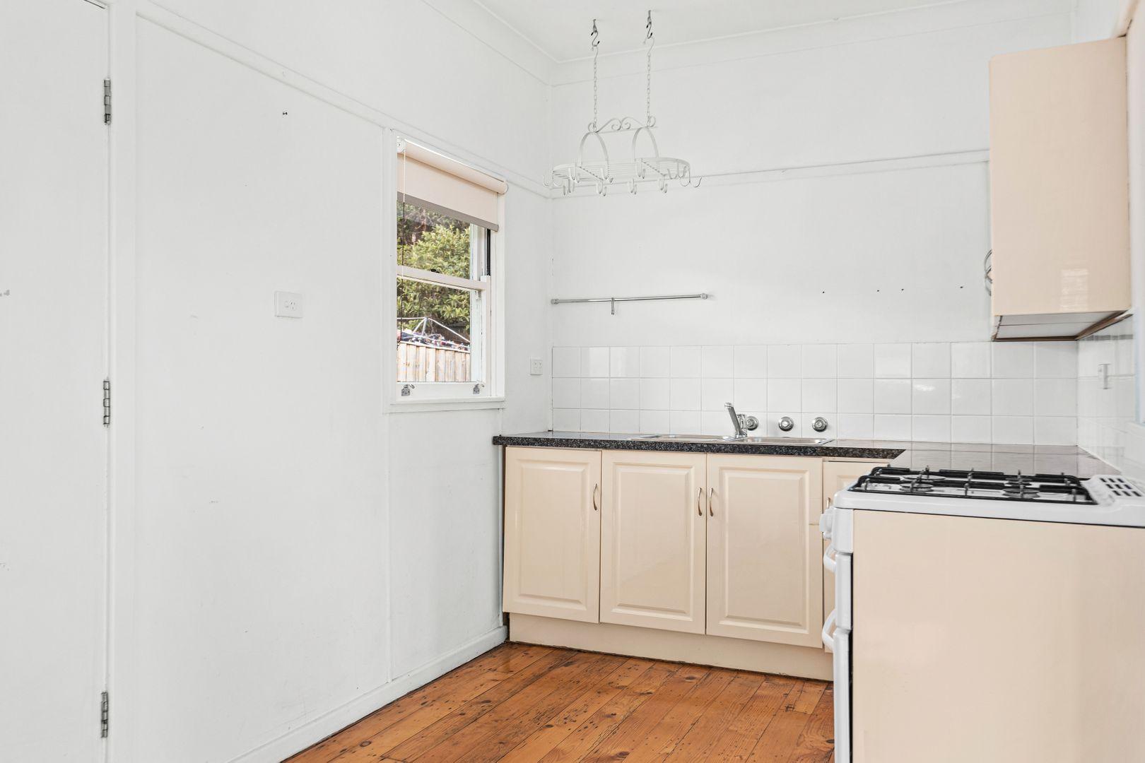 70 Point Street, Bulli NSW 2516, Image 2