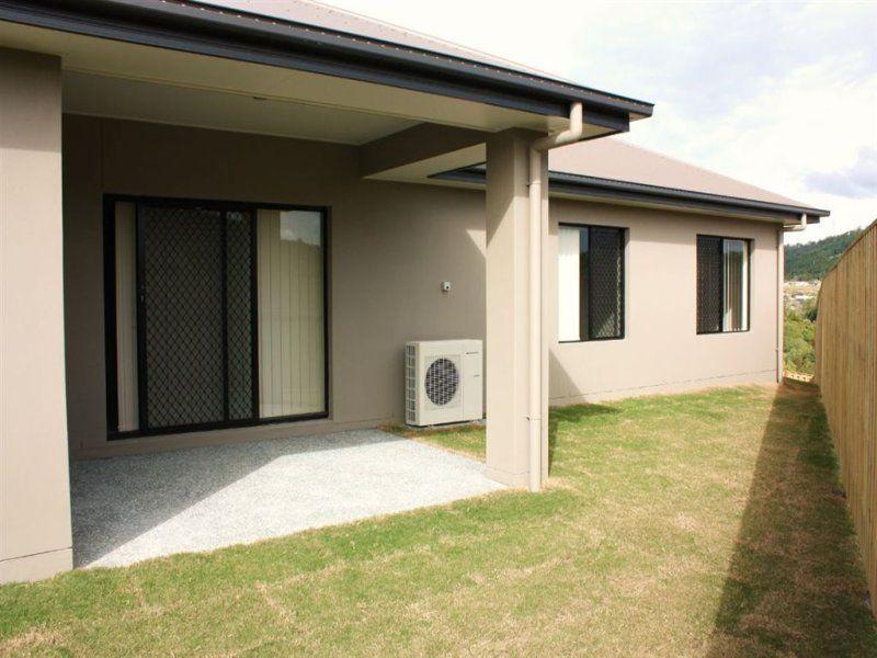 14 Kaplan Street, Pacific Pines QLD 4211, Image 2