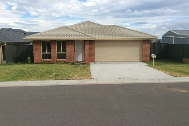 Picture of 8 Barber Street, KOOTINGAL NSW 2352