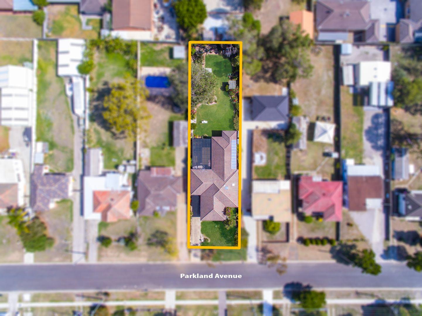 12 Parkland Avenue, Macquarie Fields NSW 2564, Image 0