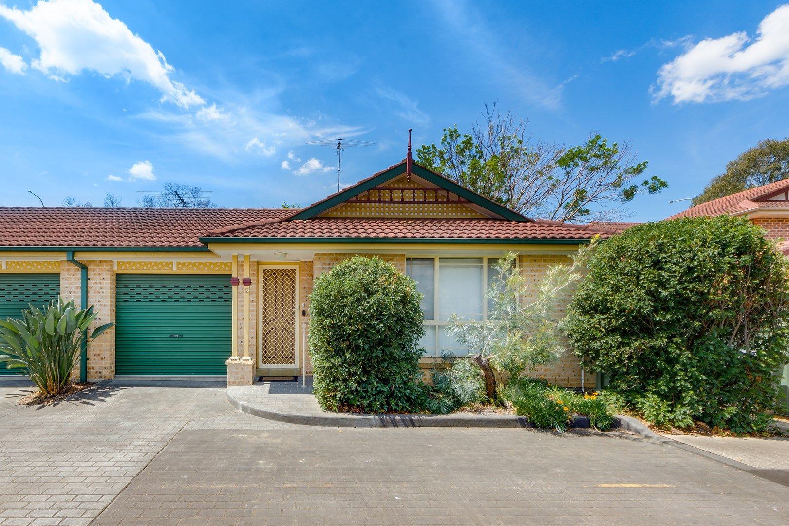 12/4-8 Gordon Avenue, Ingleburn NSW 2565, Image 0