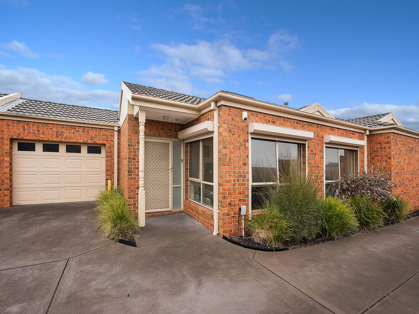 2/53 Coulstock Street, Epping VIC 3076, Image 0