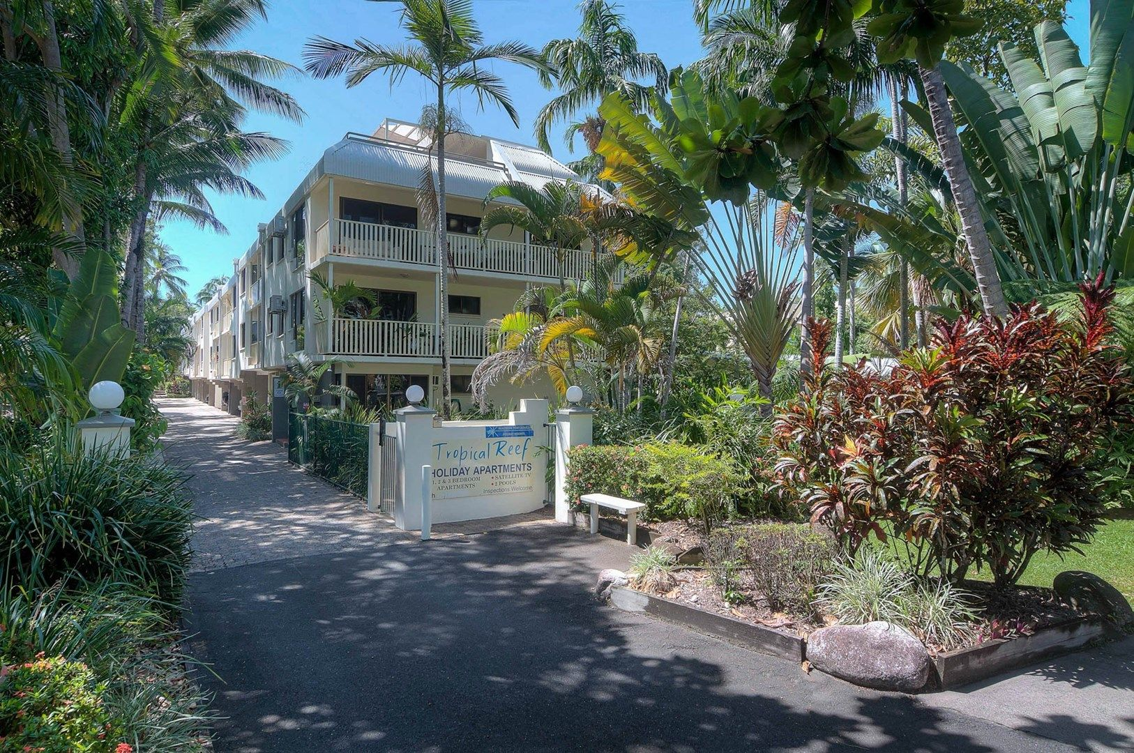 17 Tropical Reef/10 Davidson Street, Port Douglas QLD 4877, Image 2