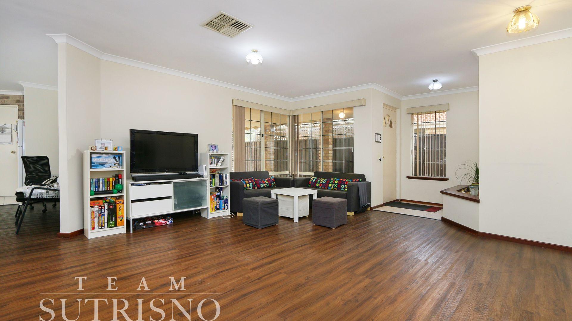 25 Lorrimar Place, Murdoch WA 6150, Image 2
