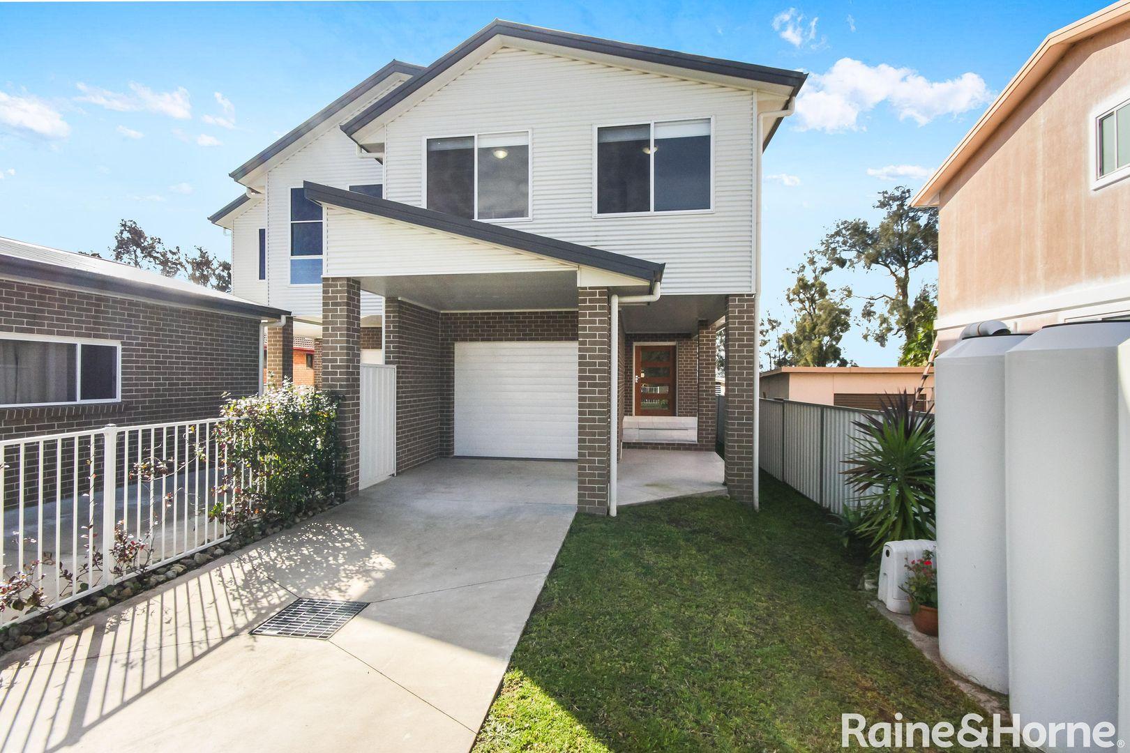 83 Lakedge Avenue, Berkeley Vale NSW 2261, Image 2