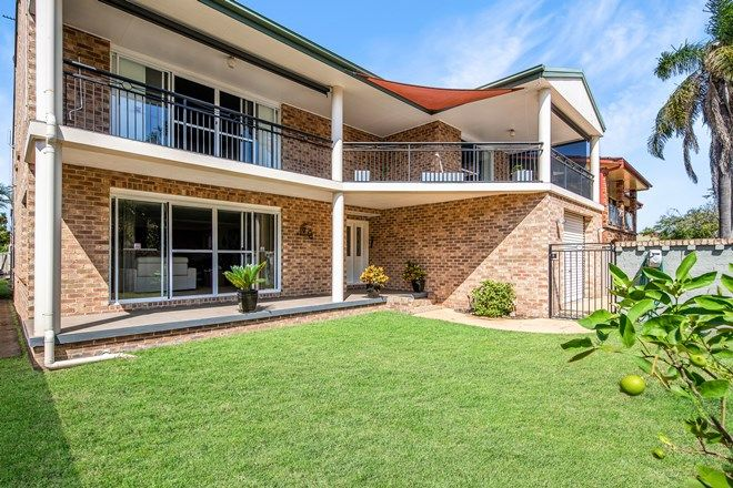 Picture of 70 Lakeview  Parade, PELICAN NSW 2281