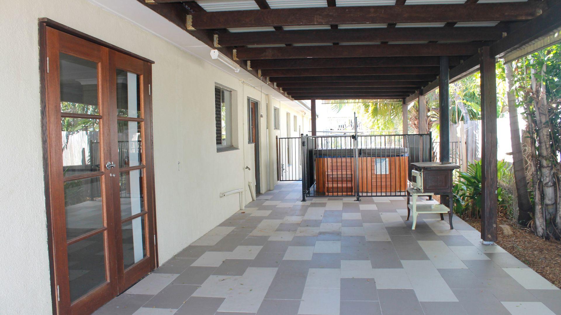 2 Polmaise Street, Boyne Island QLD 4680, Image 2