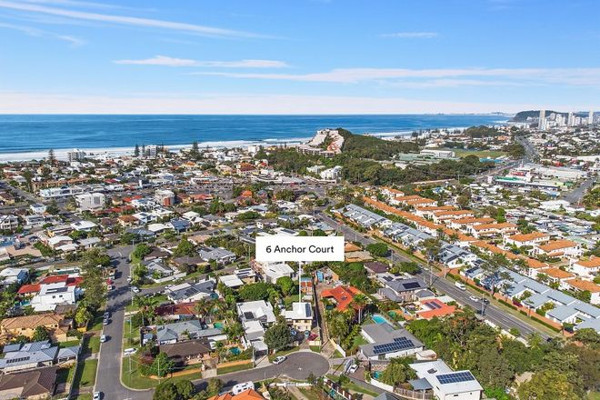 Picture of 6 Anchor Court, MERMAID WATERS QLD 4218