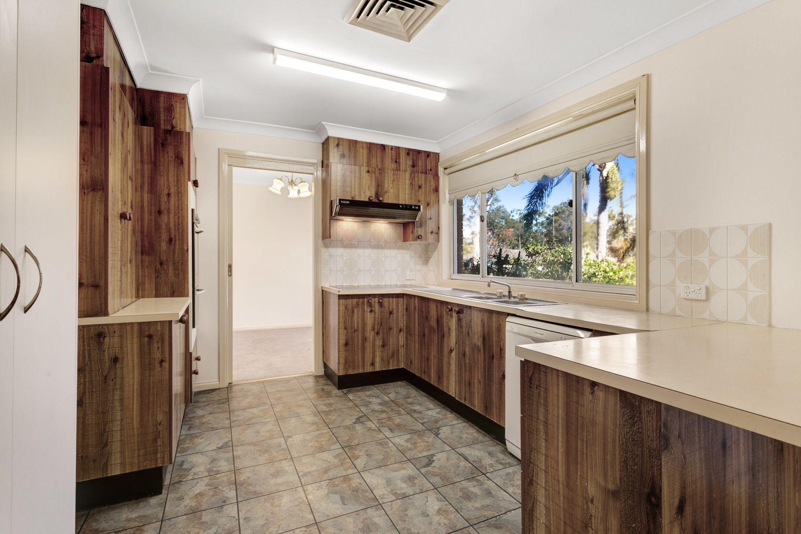 4 Beh Close, Singleton Heights NSW 2330, Image 2