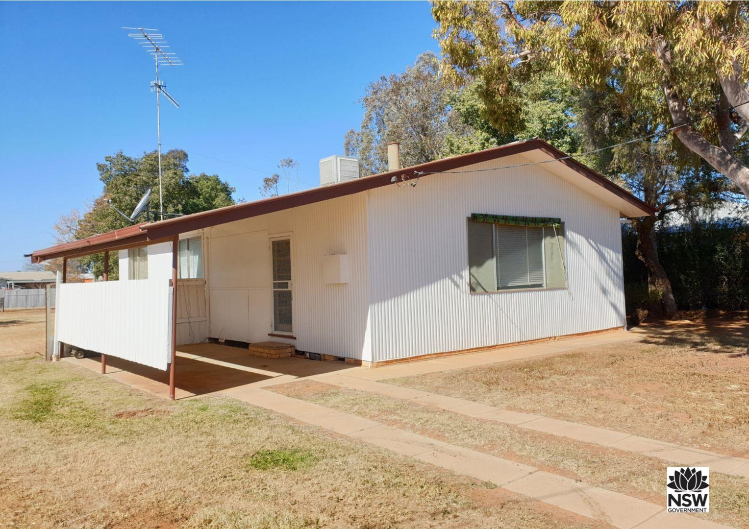 42 Byron Street, Hillston NSW 2675, Image 0