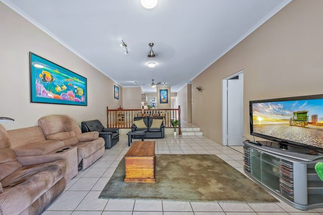Picture of 4/8-10 Island Drive, CANNONVALE QLD 4802