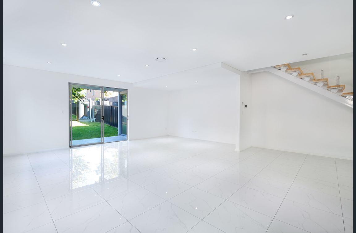 2 Isaac Street, Peakhurst Heights NSW 2210, Image 1