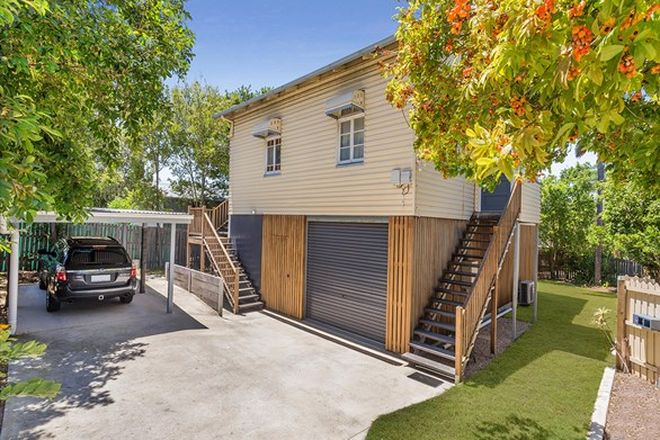 Picture of 311 Tingal Road, WYNNUM QLD 4178