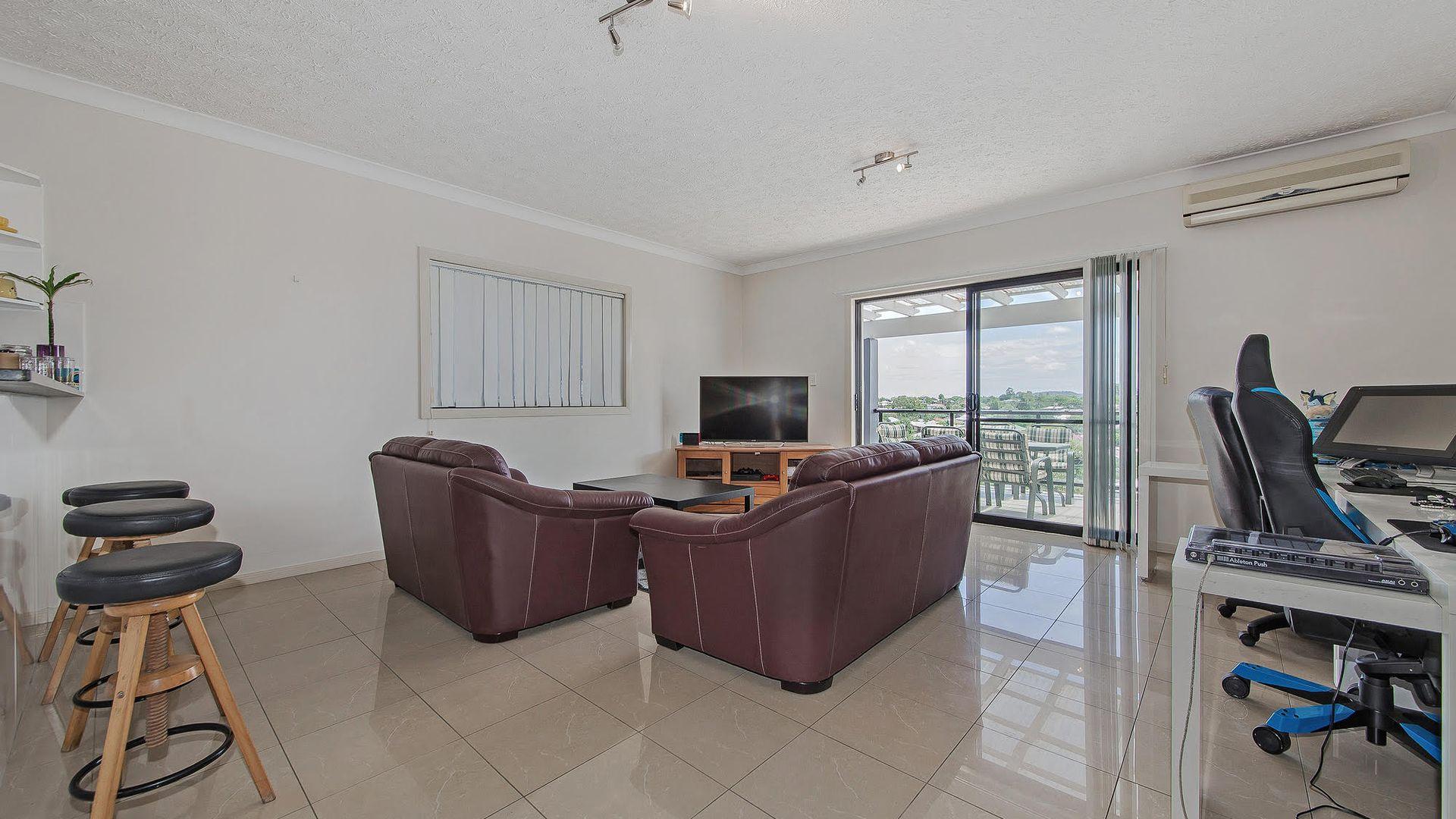 404/20 Sanders Street, Upper Mount Gravatt QLD 4122, Image 2