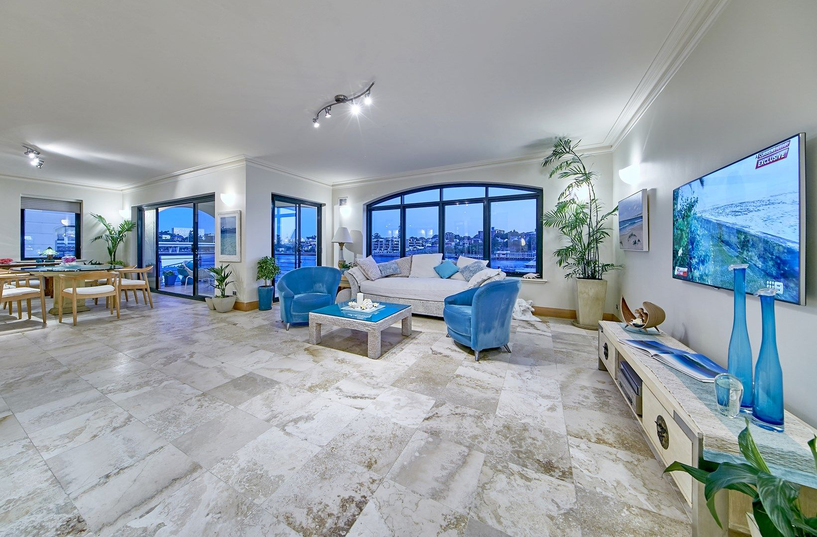 "Apt. 18 ""York Apartments West"" 10 Doepel Street, North Fremantle WA 6159, Image 0"
