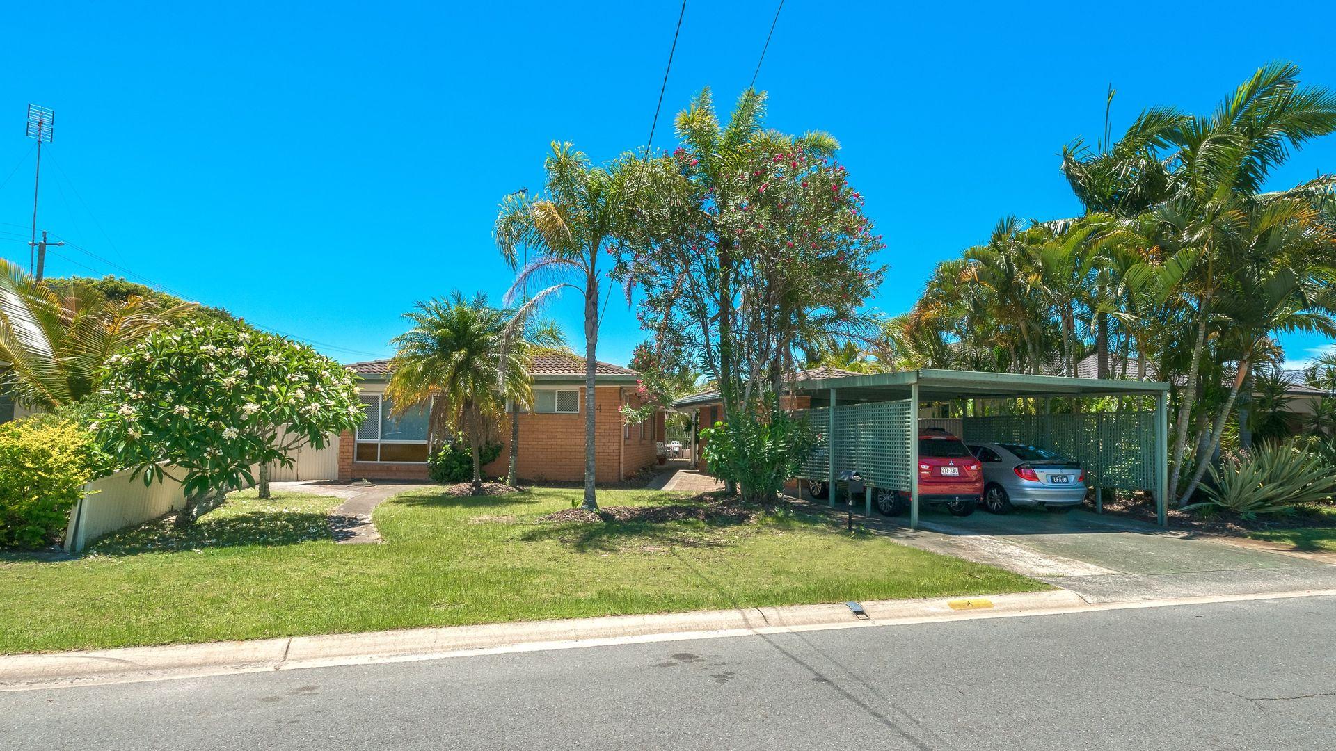 4 Chianti Avenue, Mermaid Waters QLD 4218, Image 1
