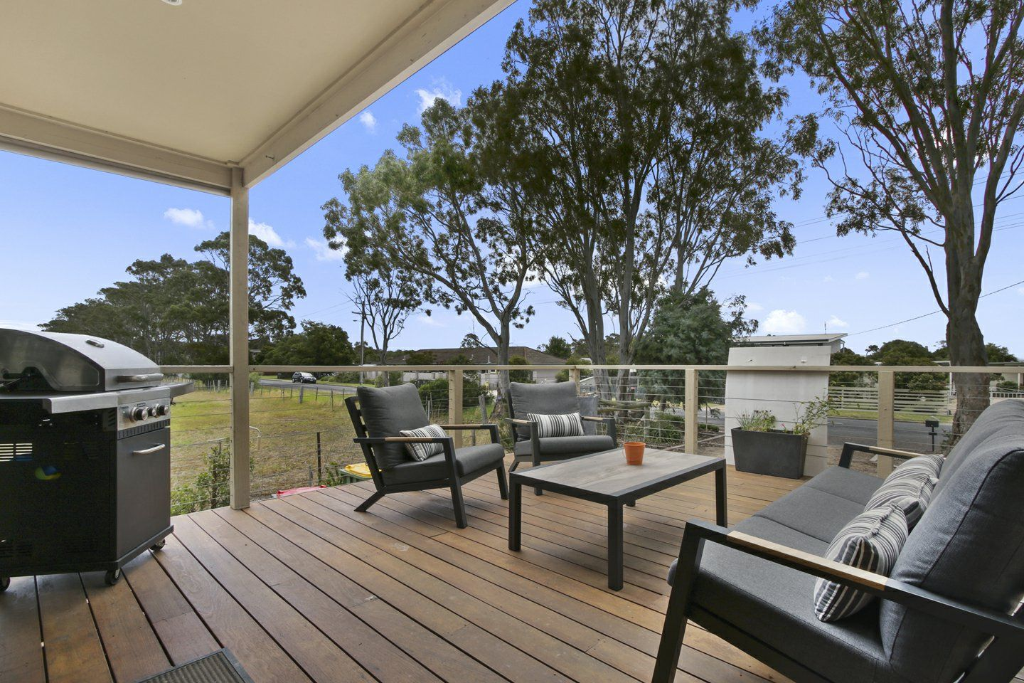 160 Bay Road, Eagle Point VIC 3878, Image 2