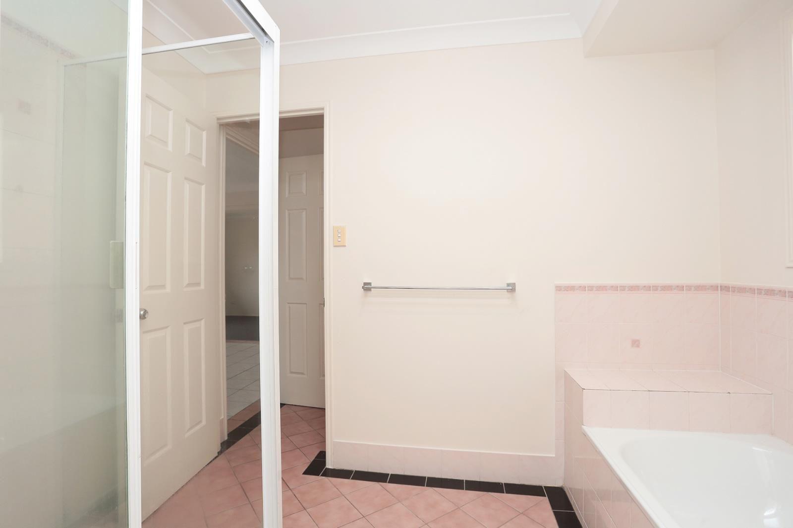 84 Julie Street, Crestmead QLD 4132, Image 2