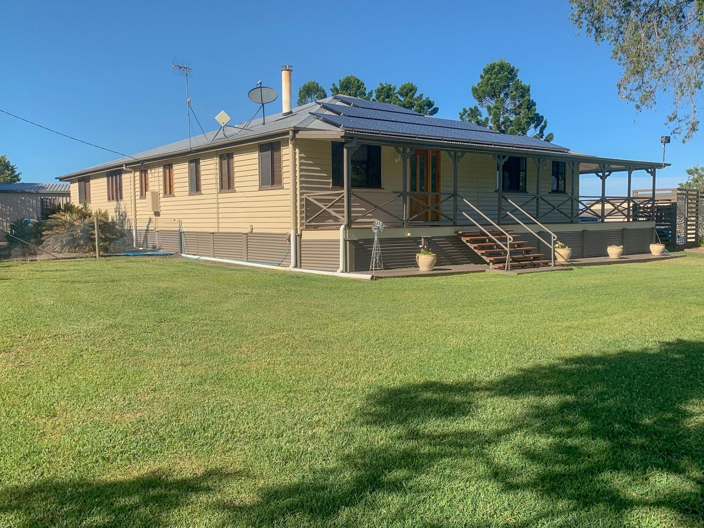 64 Luthje Road, Monto QLD 4630, Image 0