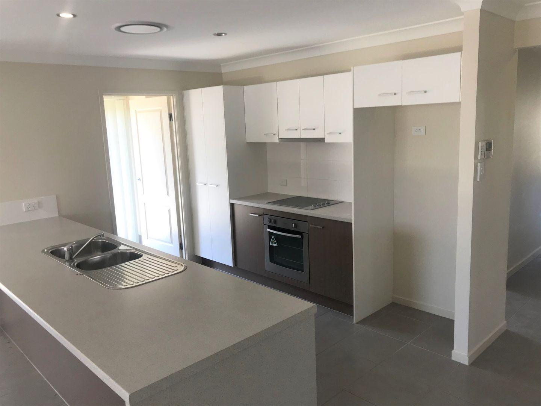11 Woodward Avenue, Calliope QLD 4680, Image 2