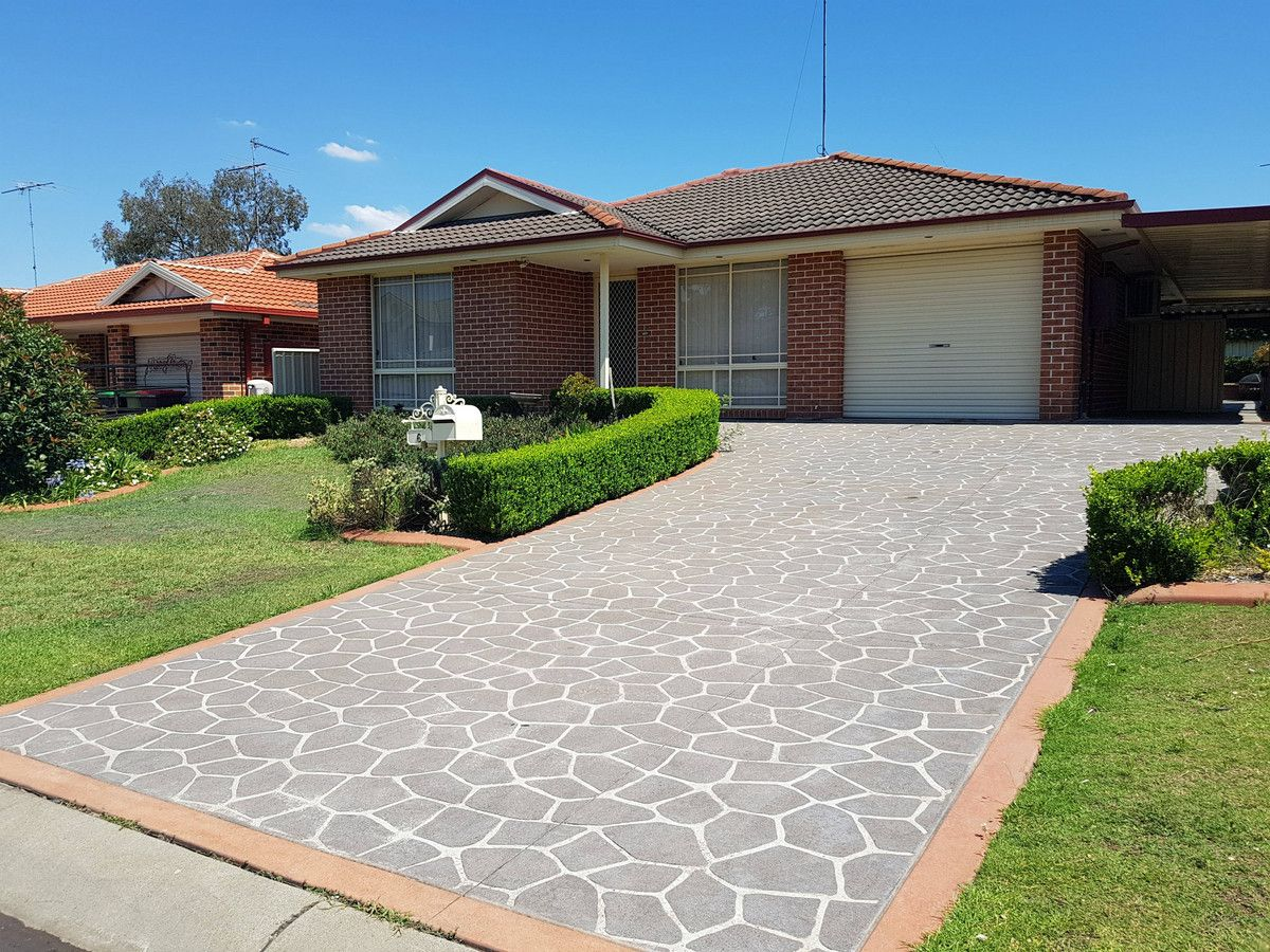 6 Dunna Place, Glenmore Park NSW 2745, Image 0