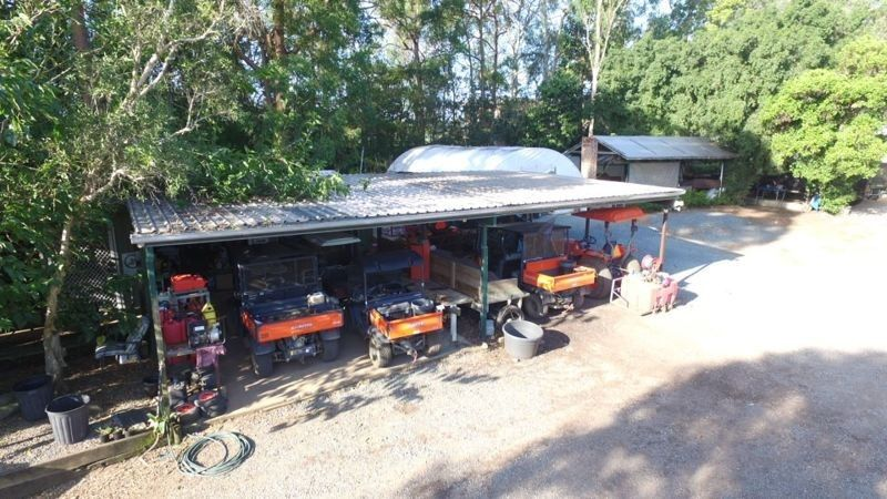 57 Weedon Street West, Mansfield QLD 4122, Image 2