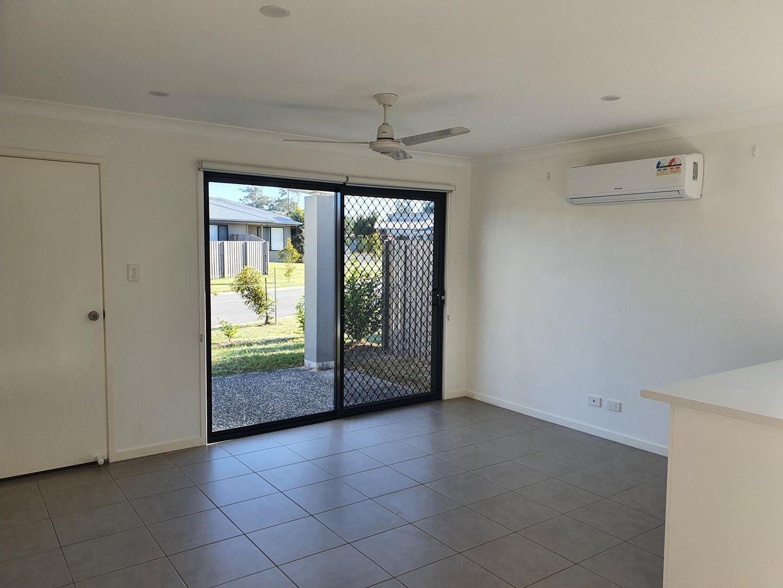 2/61 Spruce Street, Loganlea QLD 4131, Image 1